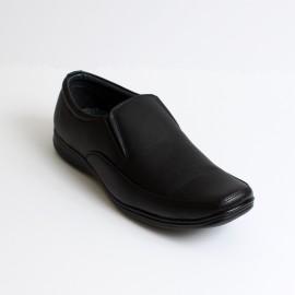 cb8f6808f حذاء كاليفر شبابي اسود